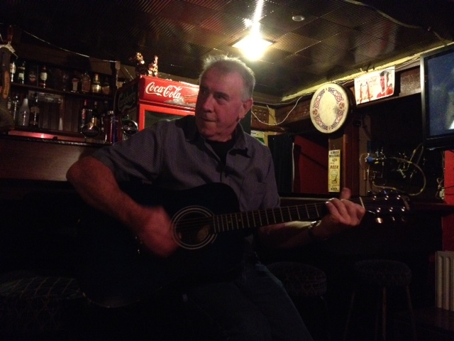 Music session in pub on Sunday