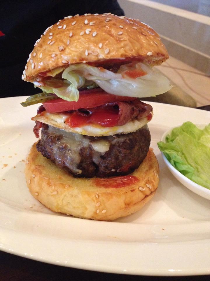 Hyatt burger